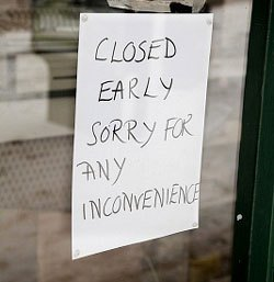closed-early-sign
