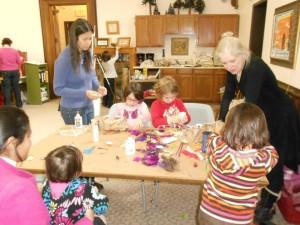 Kids' Craft: Make an Ornament